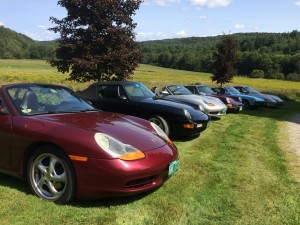 Dozen cars with great view in BG